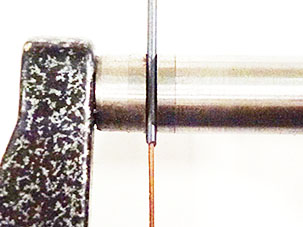measurment-close-up-oxide-layer-on-CuNi-alloy-wire1